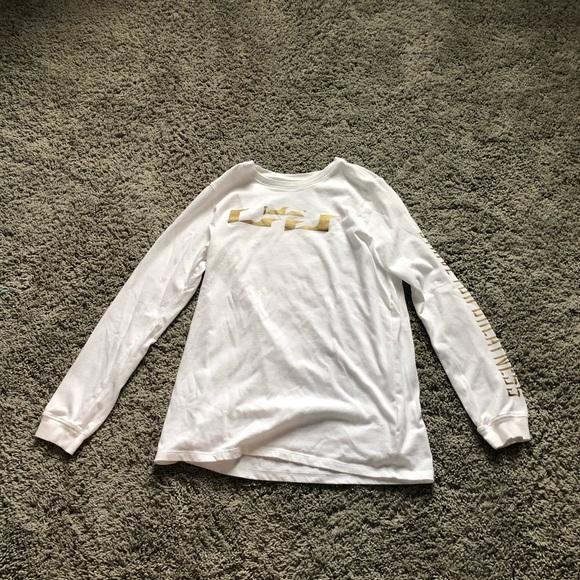 lebron james long sleeve jersey